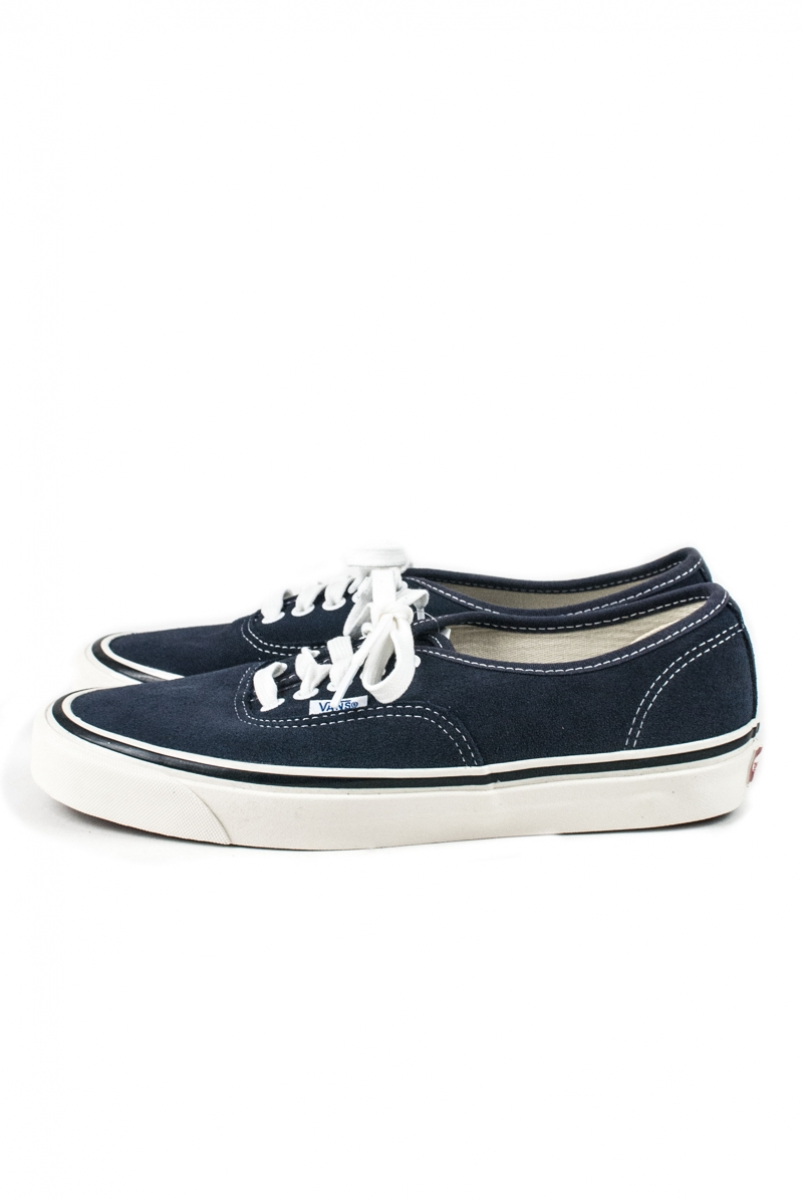 AUTHENTIC 44 DX SUEDE | OG NAVY