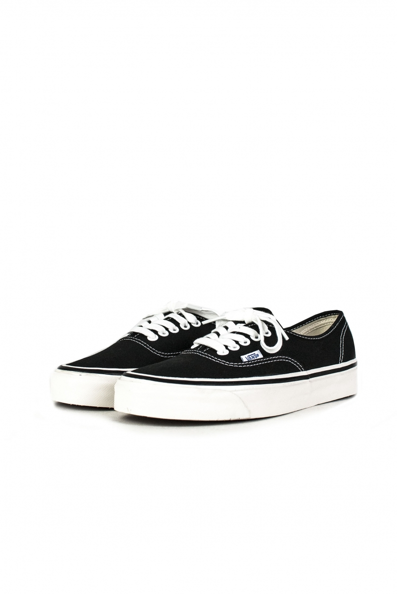 AUTHENTIC 44 DX | BLACK
